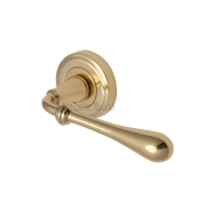 heritage brass v7155 roma levers on rose